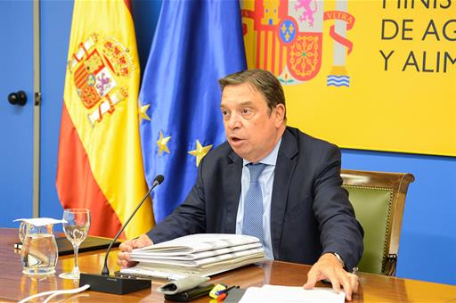 El ministro Luis Planas anuncia la convocatoria del Plan Renove de maquinaria agraria con 6,55 millones de euros.