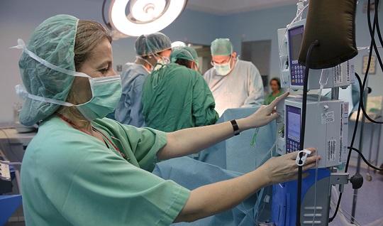 Salud impulsa la red de enfermería en salud pública para aumentar la eficacia frente al Covid-19.