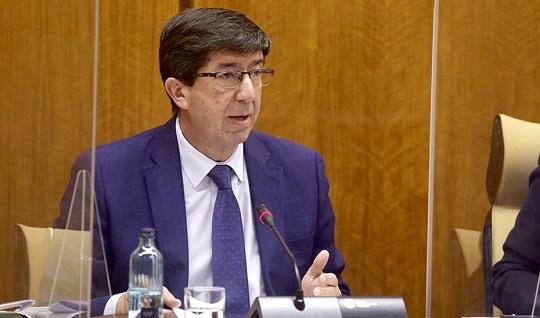 Juan Marín anuncia que la Ley Antifraude llegará al Parlamento de Andalucía en diciembre.
