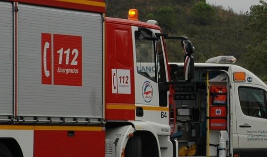 Cuatro personas atendidas por inhalación de humo tras un incendio en un bar de Villacarrillo.
