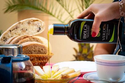Aceites San Benito apuesta un año más por su aceite premium IBOLCA Verdor.