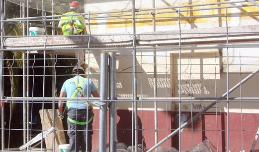 La Junta destina 30 millones de euros a ayudas para la rehabilitación de 6.900 viviendas en Andalucía.