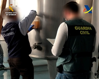Desmantelada una de las mayores redes delictivas de elaboración y distribución ilegal de whisky.