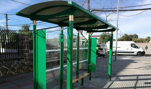 La Junta inicia a finales de enero la instalación de marquesinas de autobuses en 48 municipios.