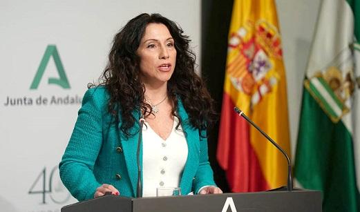 900 200 999, el teléfono que ayuda a las mujeres andaluzas desde hace 25 años.