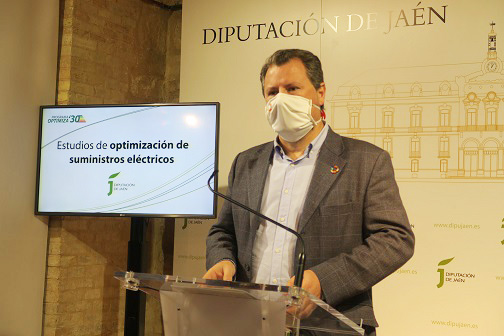 Diputación realiza estudios para optimizar el suministro eléctrico en 15 municipios jiennenses.