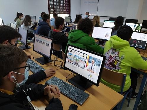 Éxito del 5º Salón del Estudiante de Marmolejo con más de 13.000 visitas en cuatro días.