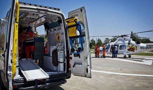 Herido un varón tras precipitarse de tres metros en un almacén de Quesada (Jaén).