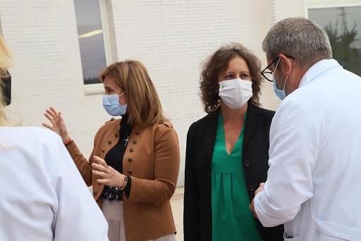 Catalina García anuncia una inversión de más de cinco millones de euros para el Hospital Alto Guadalquivir de Andújar.