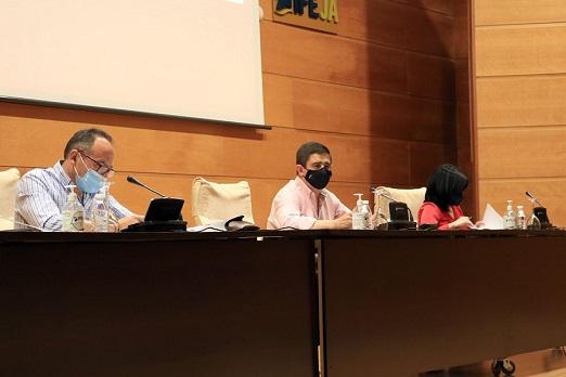 """Reyes anuncia que la campaña 'Jaén, lo primero: horizonte 2031' se pone en marcha """"para definir la provincia que queremos dentro de diez años""""."""