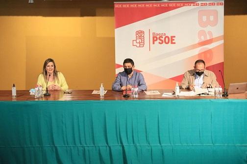 Reyes valora la llegada de 13 millones de vacunas en junio, destaca que el Gobierno está cumpliendo y exige a la Junta responsabilidad.