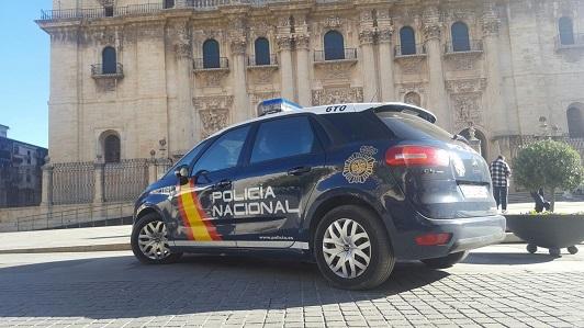 La Policía Nacional detiene en Jaén a seis personas que tuvieron retenido tres días a un joven que fue a comprar droga.