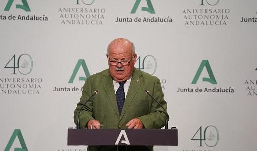 La Junta de Andalucía recomienda a los ciudadanos la vacunación en el sitio de residencia habitual.