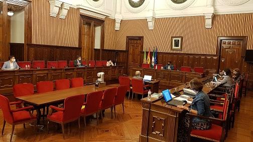 Diputación aprueba más de 2 millones de euros para elaborar proyectos financiables con el Fondo de Recuperación estatal.