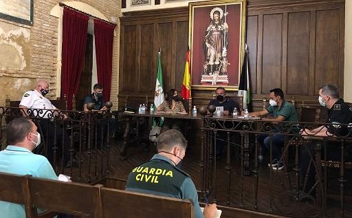 La subdelegada anuncia que habrá más presencia de la Guardia Civil durante las fiestas de Arjonilla.