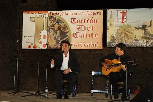 La Junta pone a disposición de las peñas más de 330 artistas para los recitales del circuito andaluz.