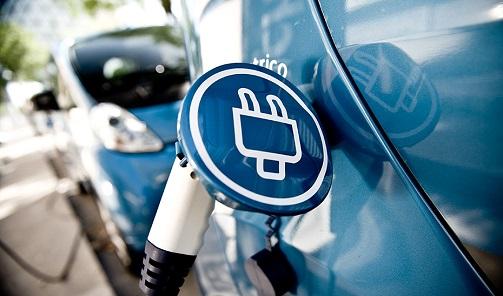 Andalucía abre la ventanilla para solicitar ayudas para vehículos eléctricos y puntos de recarga.