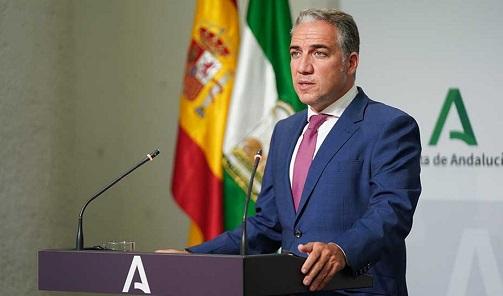 El Gobierno de Andalucía crea el servicio 012 para unificar 20 líneas de atención al ciudadano.
