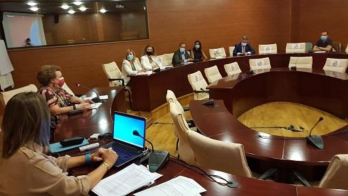 La vicepresidenta segunda de la Diputación participa en la reunión de Mesa del Emprendimiento en la provincia.
