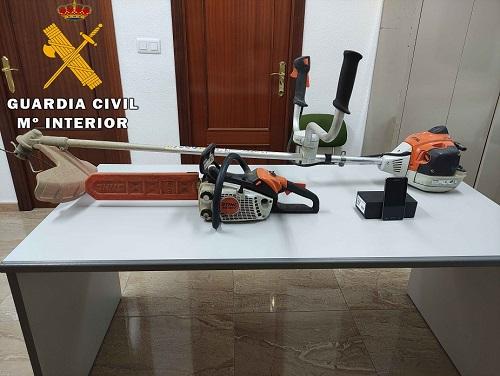 La Guardia Civil ha detenido a una persona como presunta autora de Robo.