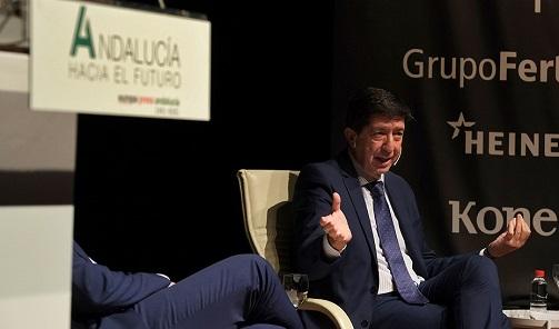 Juan Marín destaca el tirón del sector turístico andaluz en la recuperación económica de España.