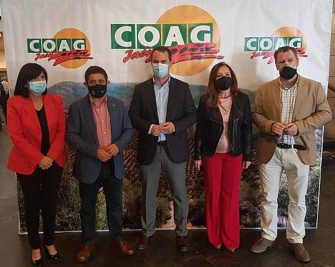 Reyes destaca en el Congreso Provincial de COAG-Jaén la necesidad de escuchar la voz de agricultores y ganaderos.