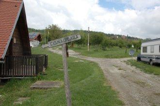 Fußweg in die Dorfmitte
