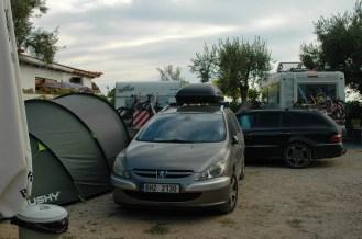 letzte Luecke ergattert, Camper auch auf Fahrwegen