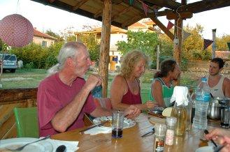 Überbackene Kürbisse und ökologischer Wein
