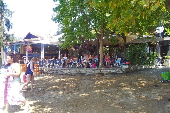 camping-sikia-restaurant-01