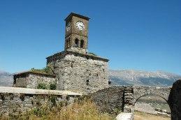Vom Uhrturm schöner Blick über Altstadt und Berge