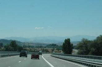 Gut ausgebaute Autobahnen, herrliche Landschaft
