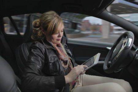 Selvkjørende bil: SELVSTYRT: Bilprodusentene jobber iherdig for å utvikle biler som ikke trenger sjåfør. (Foto: Volvo)