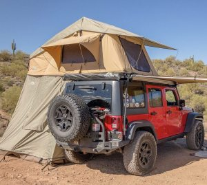 Smittybilt 2883 Roof top Tent