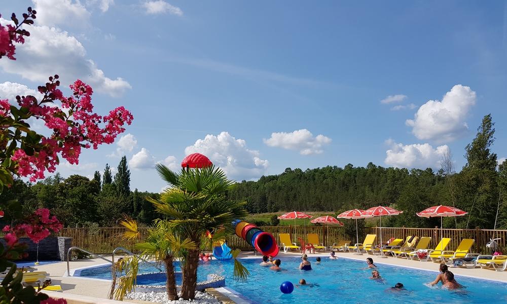 Camping en dordogne piscine chauff e et toboggan camping - Camping en ardeche avec piscine et toboggan ...
