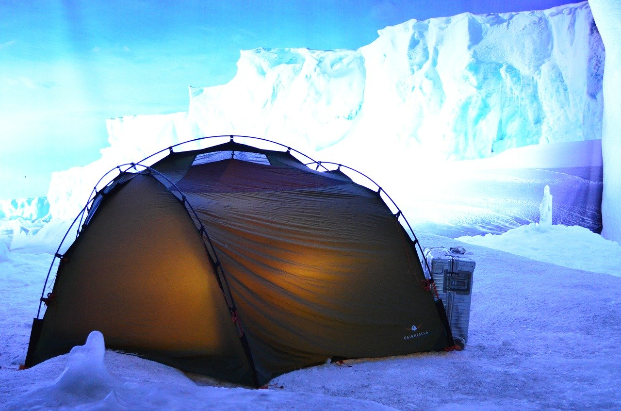 tent arctic cold weather