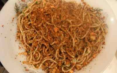 CALABRIA: Pasta ammuddicata (con mollica)