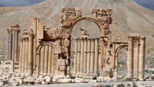 Imagem de 2014 do Arco do Triunfo, na Cidade Histórica de Palmira, na Síria – Foto: Joseph Eid/AFP