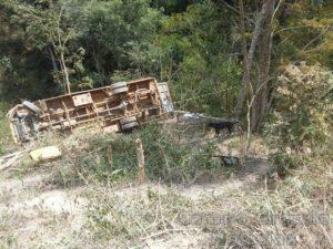 Acidente envolvendo ônibus escolar mata pelo menos 4 pessoas em Padre Paraíso (MG) – Foto: Polícia Civil/MG