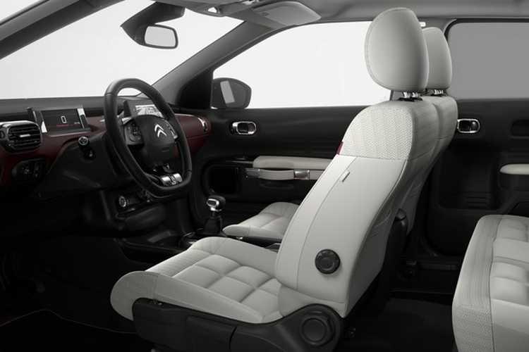 Assentos mais confortáveis e isolamento acústico superior marcam o facelift do C4 Cactus