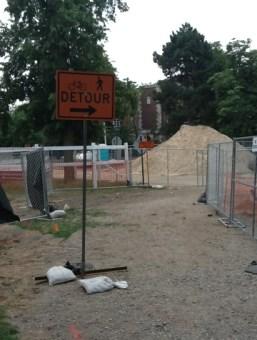 Construction detour sign