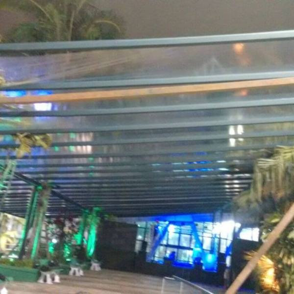 Cobertura cristal transparente decoração natural