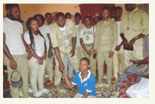 Enugu Corpers Donate Money To 14-Year-Old Girl Who Had Her Leg Amputated
