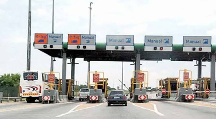 CALL FOR BORDER CLOSURE TO FEDERAL GOVERNMENT OF NIGERIA: JUSTIFIED OR OTHERWISE?