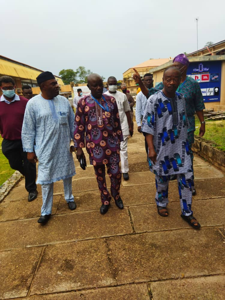 Presidential Visitation Panel Visits UI Students' Union, Decries Deteriorated State and Maintenance of SU Building.