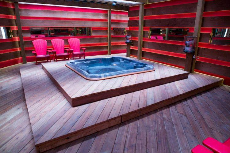 BBCAN2 hot tub