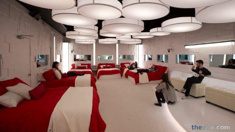 BBCAN2 bedroom