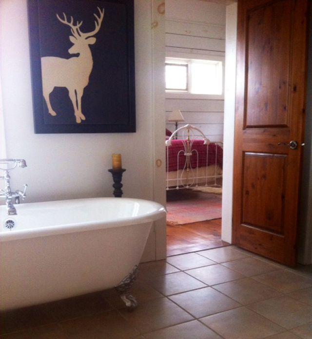 BBCAN2 Jury House – Bathroom