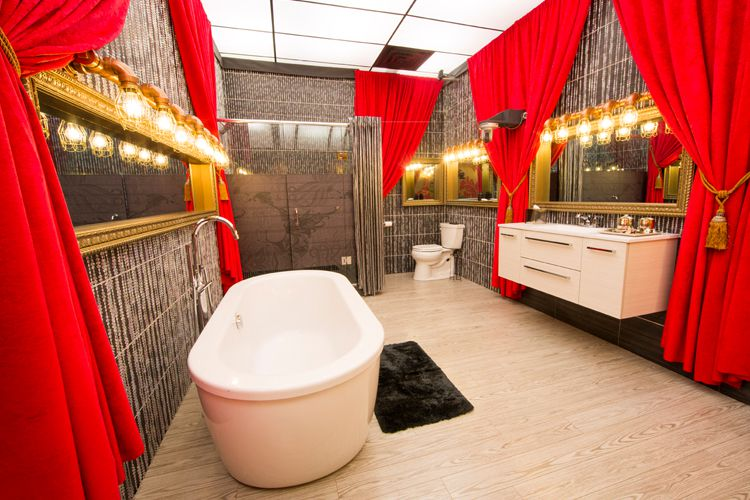 Big Brother Canada 3 – HoH bathroom