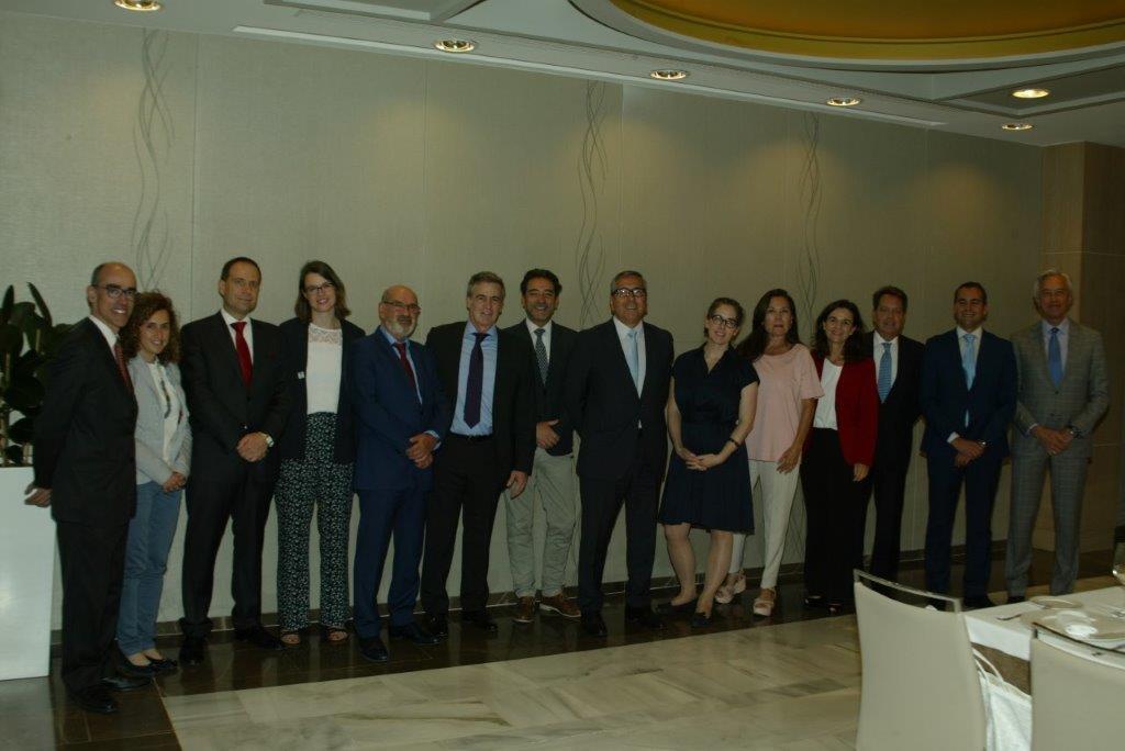 Panel de las relaciones comerciales entre España y Canadá foto 2